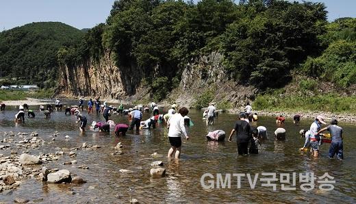 200724보도자료((올 여름 휴가는 코로나 청정지역'산소카페 청송군'으로 떠나자!!)-신성계곡.jpg